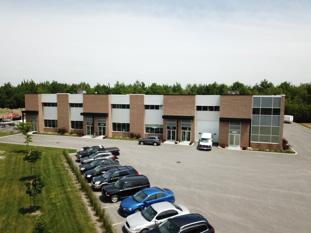 Bâtiment à louer à Terrebonne - Espace commercial à louer à Terrebonne